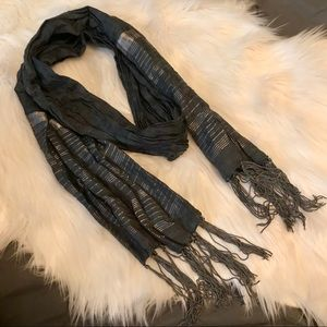 Accessories - Metallic scarf